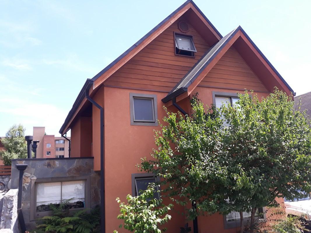 Amplia casa 180 m2 en Peninsula de Andalue, gran quincho, 4d 4b 2e