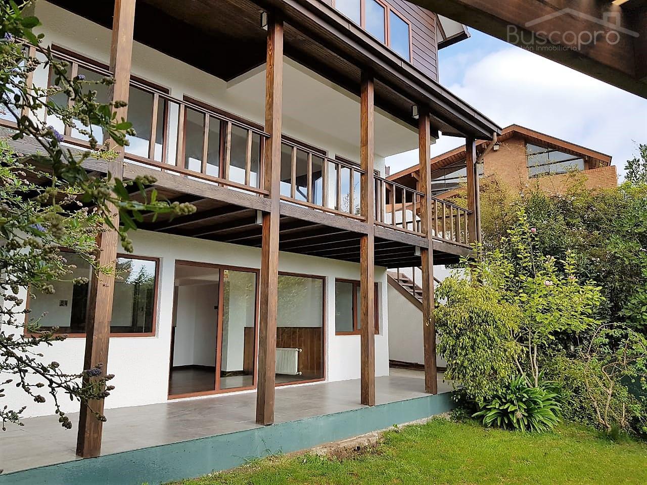 Maravillosa Residencia 5D 4B 3E, 255m2 en Andalue