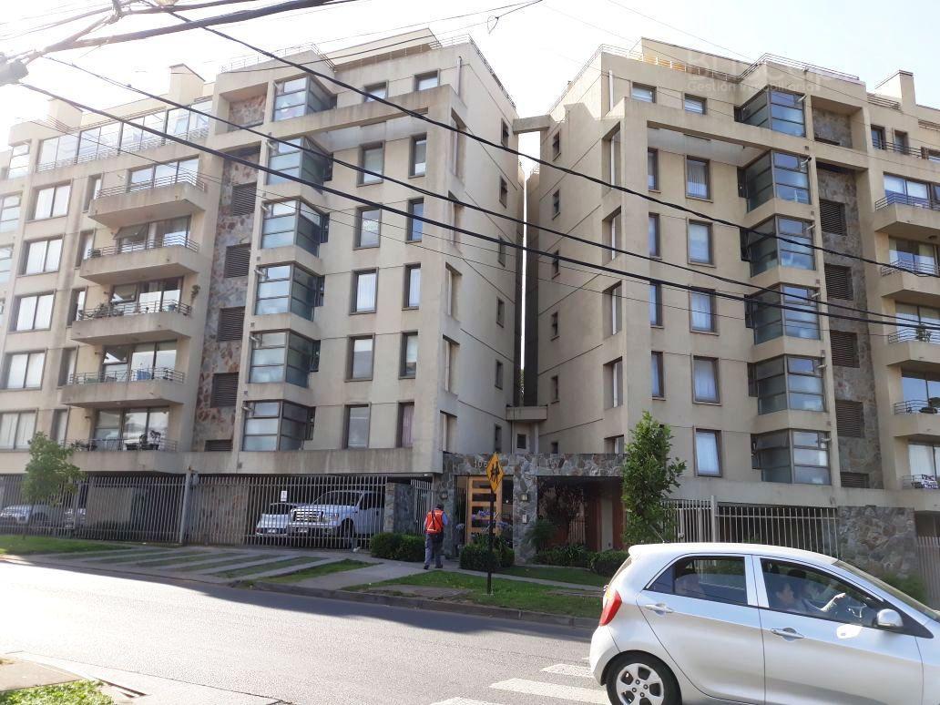 Departamento 2D 2B con estacionamiento en Avenida San Sebastian, Lomas