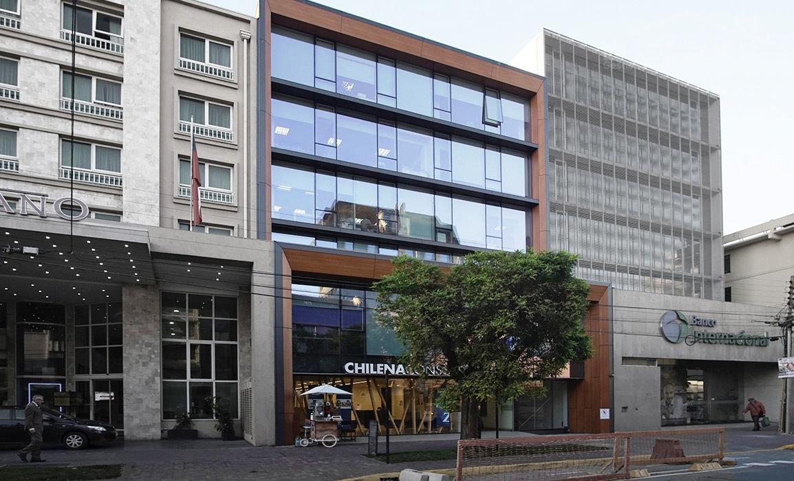 EDIFICIO ALTAMIRA, arriendo inmediato, centrica y soleada oficina 32 m2