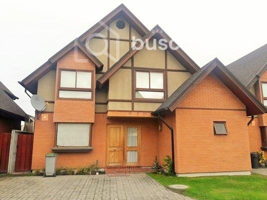 Soleada casa 3D 3B 2E en Cosme Churruca sector Las Monjas